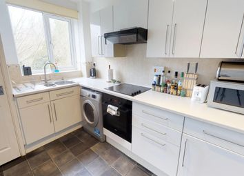 Thumbnail 2 bedroom flat for sale in West Street, Oxford