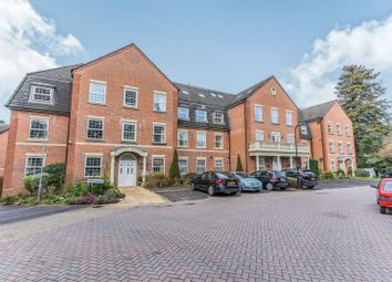 2 bed flat to rent in Newitt Place, Bassett, Southampton SO16