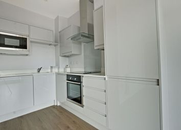 Thumbnail 1 bedroom flat to rent in Darkes Lane, Potters Bar