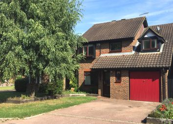 Thumbnail 4 bed detached house to rent in Hazelhurst, Horley, Surrey
