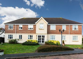 Thumbnail 2 bed flat to rent in Forest Drive, Theydon Bois, Epping, Essex