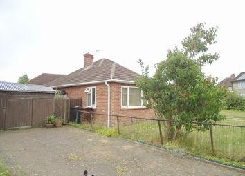 Thumbnail 2 bed bungalow to rent in Rowhedge Road, Colchester, Essex