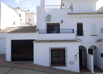 Thumbnail 3 bed town house for sale in Granada, Spain