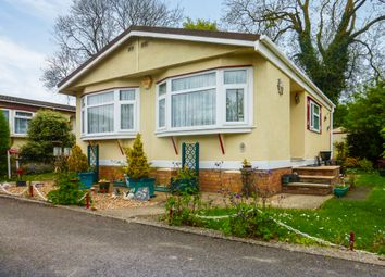 Thumbnail 1 bed mobile/park home for sale in Manor Road, Woodside, Luton