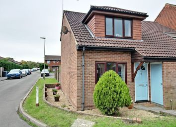 2 bed end terrace house for sale in Fallowfield, Yateley GU46