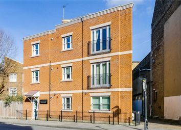 Thumbnail 3 bed flat to rent in Lillie Road, London