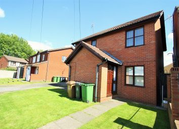 Thumbnail 2 bed flat to rent in Westbourne Road, Darlaston, Wednesbury