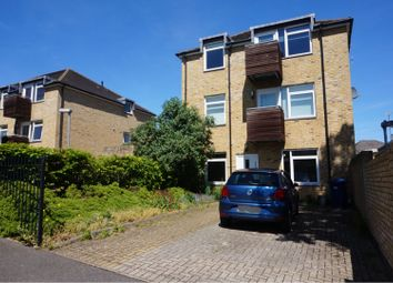 Thumbnail 2 bed flat to rent in Gloucester Road, Barnet