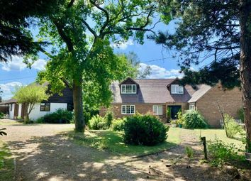 Nuffield, Oxfordshire OX10. 5 bed detached house