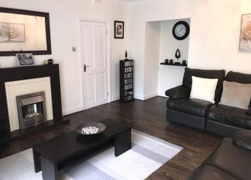 2 bed flat to rent in Park Road South, Middlesbrough TS5