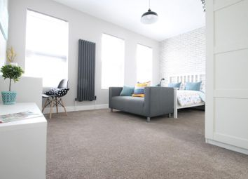 Thumbnail Room to rent in Albacore Crescent, London