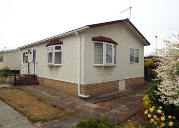 2 bed mobile/park home for sale in Littleport, Ely, Cambridgeshire CB6