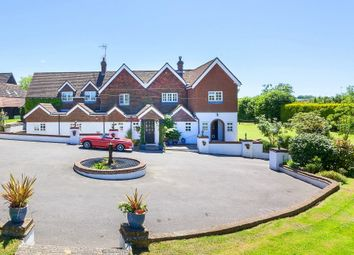 Thumbnail 6 bed detached house to rent in Harwoods Lane, East Grinstead