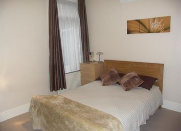 Thumbnail 2 bed maisonette for sale in Cranbrook Road, Thornton Heath, Surrey