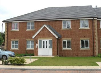 Thumbnail 2 bed flat to rent in St. Michaels Road, Newbury
