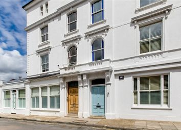 Onslow Road, Richmond, Surrey TW10. 1 bed flat for sale