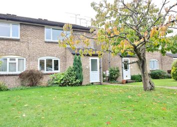 Thumbnail 1 bed maisonette to rent in Medina Close, Wokingham