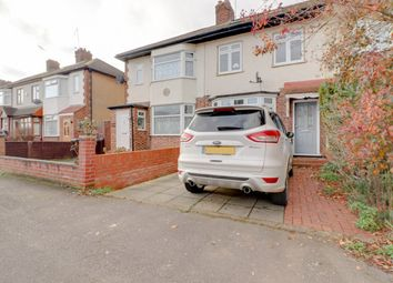 Thumbnail 3 bed terraced house for sale in Admirals Walk, Hoddesdon