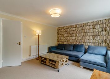 3 bed semi-detached house to rent in Delverton Road, London SE17