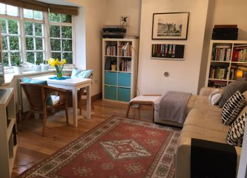 1 bed maisonette to rent in Neale Close, London N2