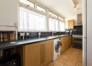 Thumbnail 5 bed flat to rent in Bigland Street, Shadwell, London