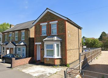 Thumbnail 4 bed detached house to rent in Faggs Road, Feltham
