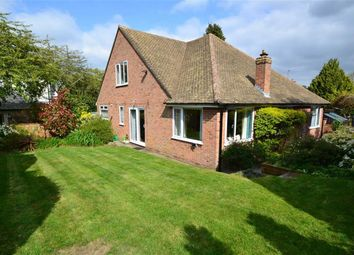 Thumbnail 4 bed detached house for sale in Bath Road, Speen, Newbury, Berkshire