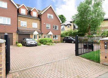 Thumbnail 4 bed town house to rent in Hersham Road, Hersham, Walton-On-Thames