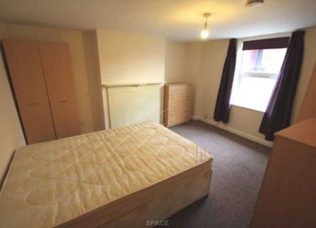 Thumbnail 1 bed flat to rent in Mason Street, Reading, Berkshire