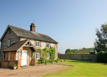 Thumbnail 4 bedroom detached house to rent in Thedden, Alton