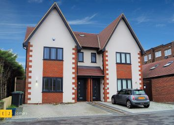 4 bed semi-detached house to rent in Grange Crescent, Chigwell IG7