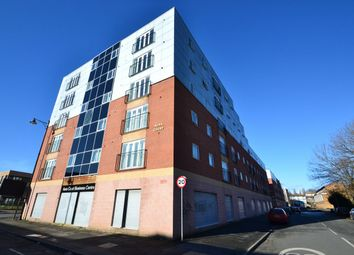 2 bed flat to rent in Percy Street, Manchester M15