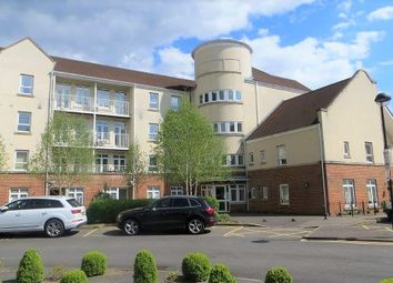 Thumbnail 2 bed flat to rent in Cambridge Close, East Barnet