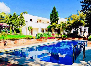 Thumbnail 5 bed villa for sale in Sotogrande Costa, Cadiz, Spain