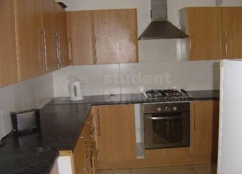 4 bed shared accommodation to rent in Kensington Avenue, Manchester, Greater Manchester M14