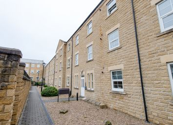 Thumbnail 2 bed flat for sale in Stoneleigh Court, Leeds