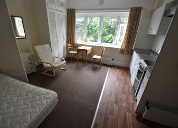 1 bed semi-detached house to rent in The Avenue, Muswell Hill N10