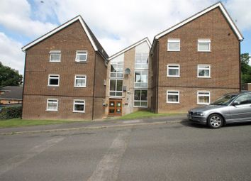 Thumbnail 2 bedroom flat to rent in Brambleside, High Wycombe