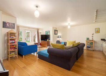 Thumbnail 2 bedroom flat for sale in Shepherds Hill, Highgate