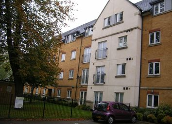 Thumbnail 1 bed flat to rent in Borough Road, Isleworth