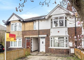 2 bed flat to rent in Cricket Road, East Oxford OX4
