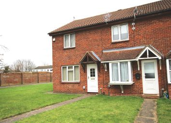 Thumbnail 2 bed property to rent in Constable Close, Houghton Regis, Dunstable