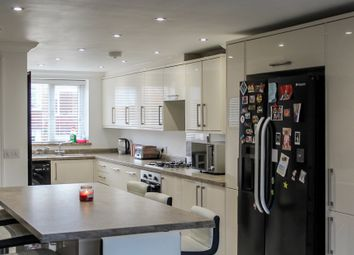 Thumbnail 4 bed town house for sale in Elmfield Close, Gravesend