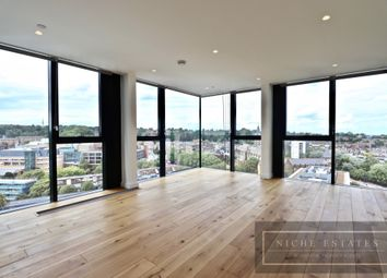 2 bed flat to rent in Highgate Hill, London N19
