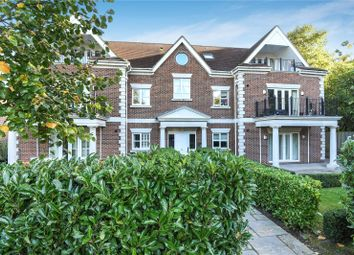 Dorchester Mansions, Cross Road, Ascot, Berkshire SL5. 2 bed flat