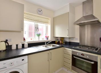Thumbnail 2 bed flat for sale in Redbud Road, Tonbridge, Kent