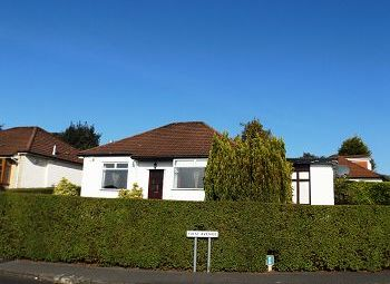 Thumbnail 3 bed detached bungalow to rent in First Avenue, Bearsden, 2Jd
