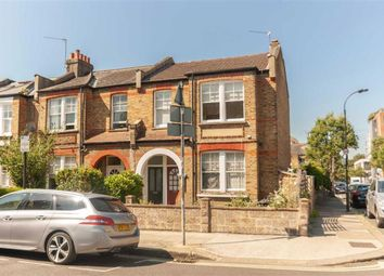 3 bed maisonette for sale in Aylmer Road, London W12