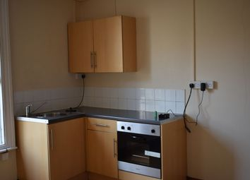 Thumbnail Studio to rent in High Street, Gravesend