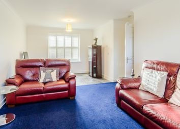 Thumbnail 2 bedroom flat for sale in Linnet Road, Calne